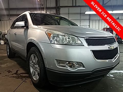 Pre-Owned 2011 Chevrolet Traverse LT Cloth AWD