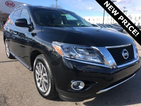 Pre-Owned 2015 Nissan Pathfinder SV Front Wheel Drive 4D Sport Utility