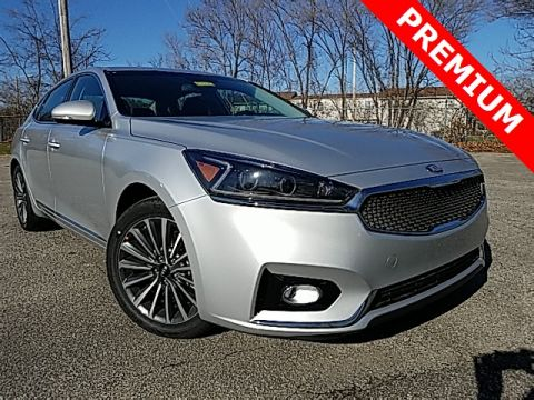 New 2018 Kia Cadenza Premium FWD 4D Sedan